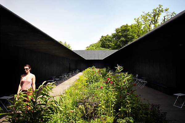 The interior garden of the 2011 Serpentine Pavilion. Image courtesy of the Serpentine Gallery; photograph by John Offenbach.