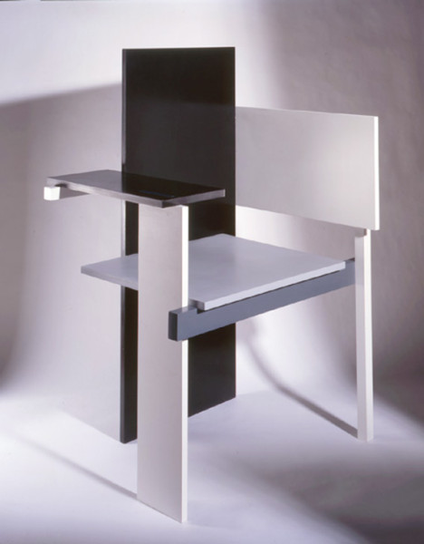 A reproduction of Rietveld's 1923 Berlin Chair. Image courtesy of Nick Melville.